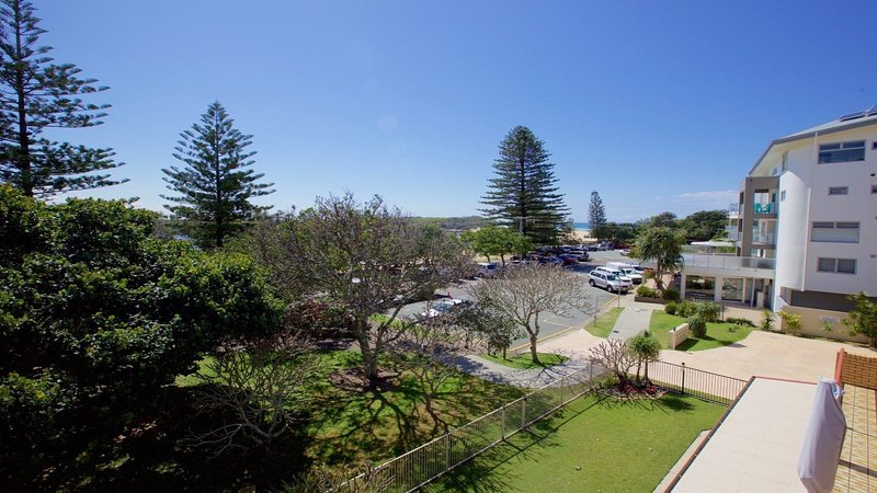 19 Hume Parade unit 2 Currimundi QLD, holiday rental in Parrearra