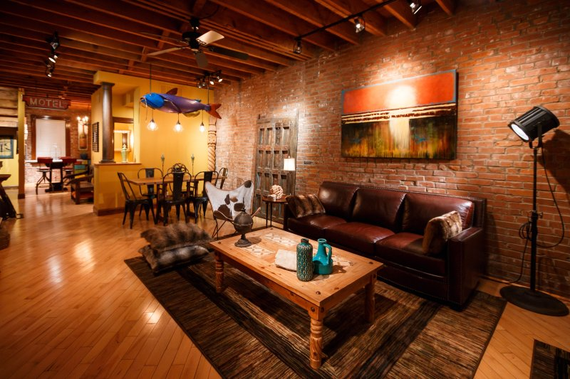 Eclectic Townhouse in Historic Soulard, holiday rental in East Carondelet