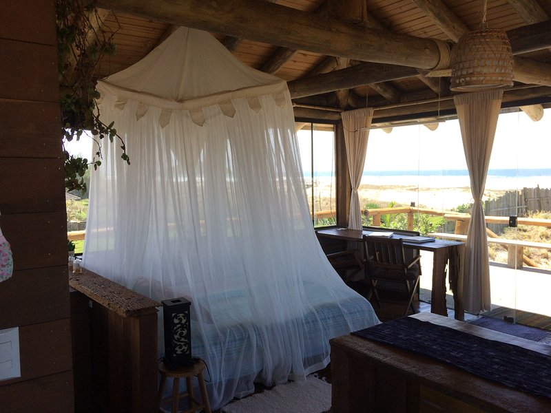 Studio GEA de frente para o mar, holiday rental in Ibiraquera