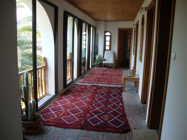 Dormitorios que conducen a maravillosas vistas al jardín y Artemisa Templo y Mezquita Isabey y Éfeso