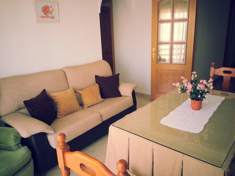 Cerca de estación trenes y centro, vacation rental in Villaviciosa de Cordoba