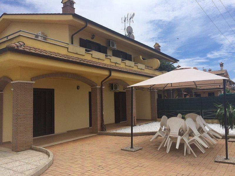 ELEGANTE VILLINO PER VACANZE, holiday rental in Sabaudia
