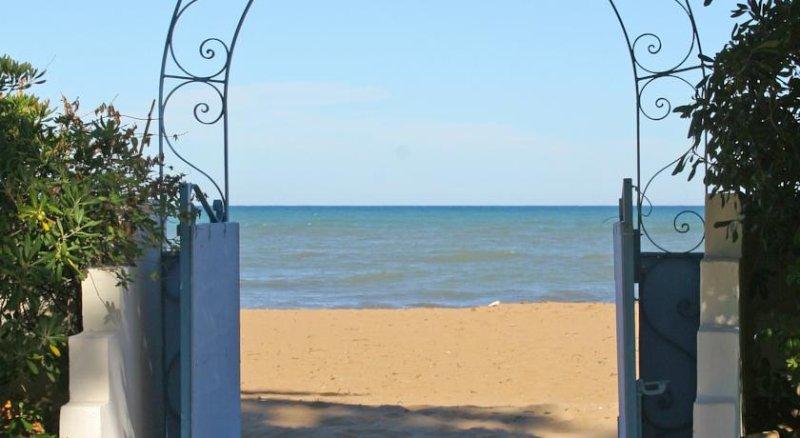apartamento 1º linea de playa salida al mar [Las marinas] – semesterbostad i El Verger