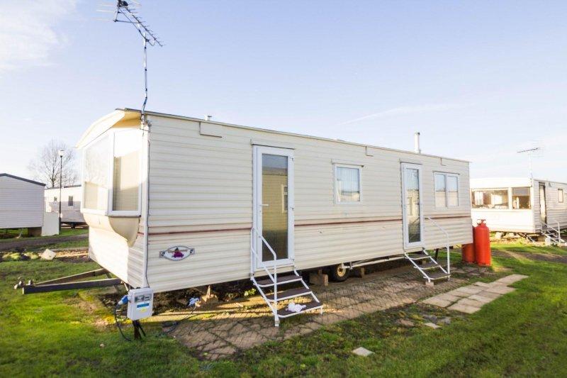 6 berth caravan for hire at Heacham Beach Holiday Park. Emerald rated.