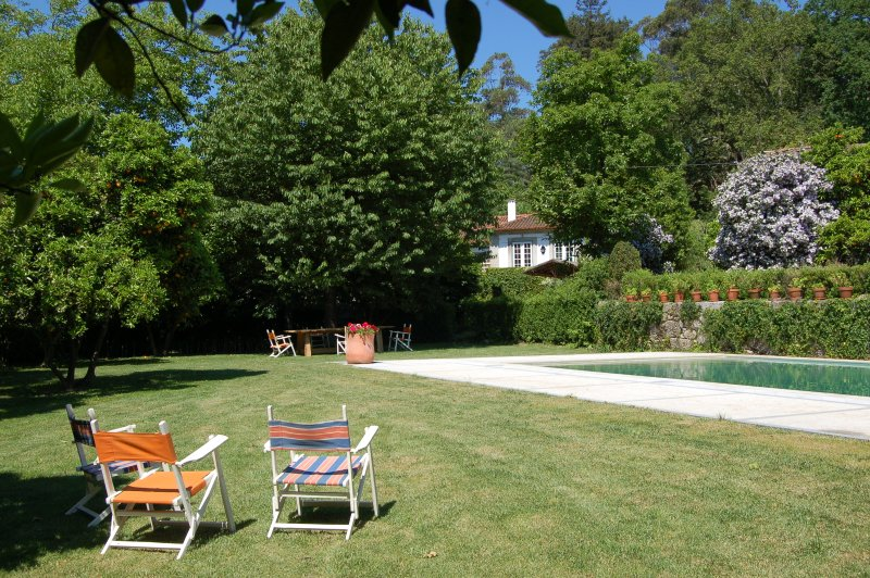 Quinta da Ribeira is a charming property dating back from 18th century., holiday rental in Braga District