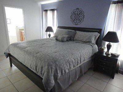 King Master Bedroom with Euro-top Mattress, 40' HDTV and Ensuite Bathroom