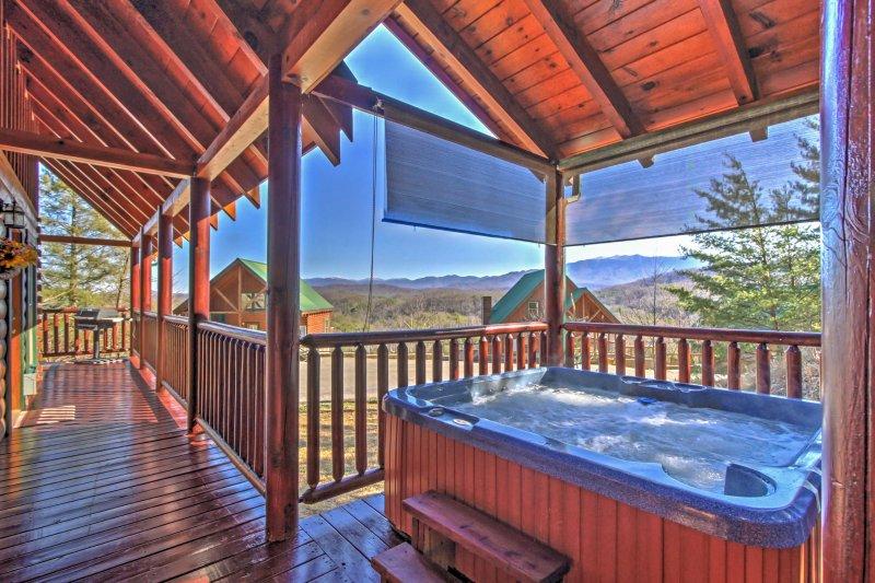 Fuga in questa casa vacanze ideale a Pigeon Forge con fantastici servizi.