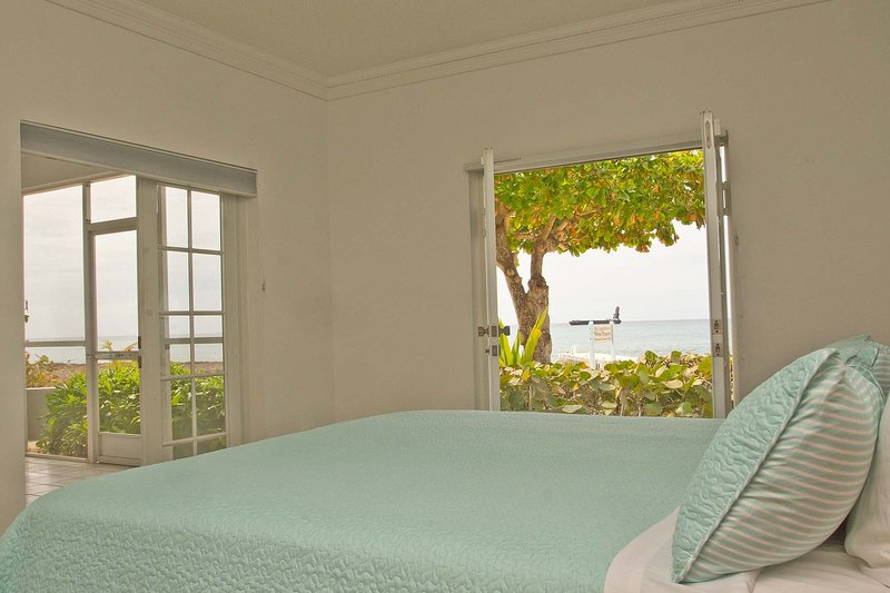 Master bedroom with best views on island