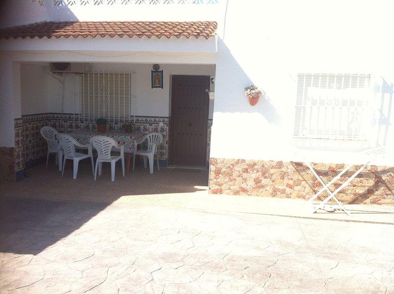 CASA RURAL 1  (piscina compartida), holiday rental in Conil de la Frontera