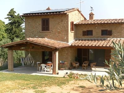 Tuscan home in Etruscan landscape (available for long term rentals), holiday rental in Volterra