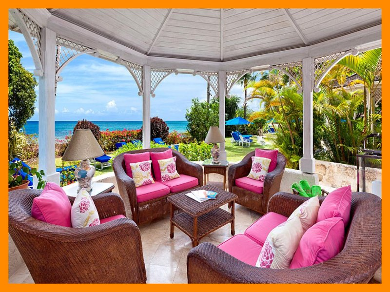 Emerald Beach 6 Cassia - direct beach access, holiday rental in Gibbes