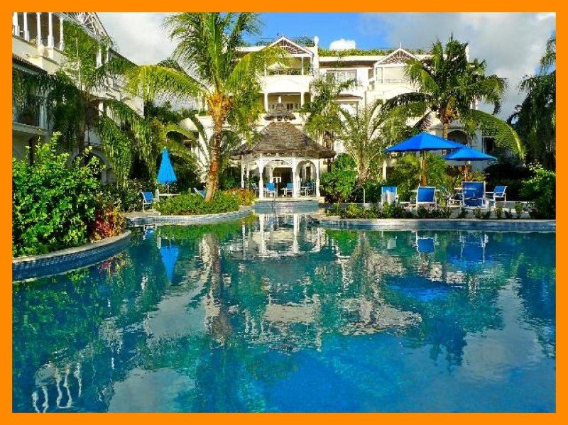 Schooner Bay 105 - Beautiful beachfront complex, location de vacances à Saint Thomas Parish