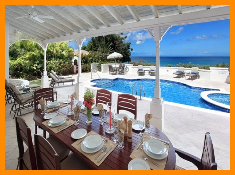 Fosters House - Modern villa with private pool and ocean views, location de vacances à Reeds Bay