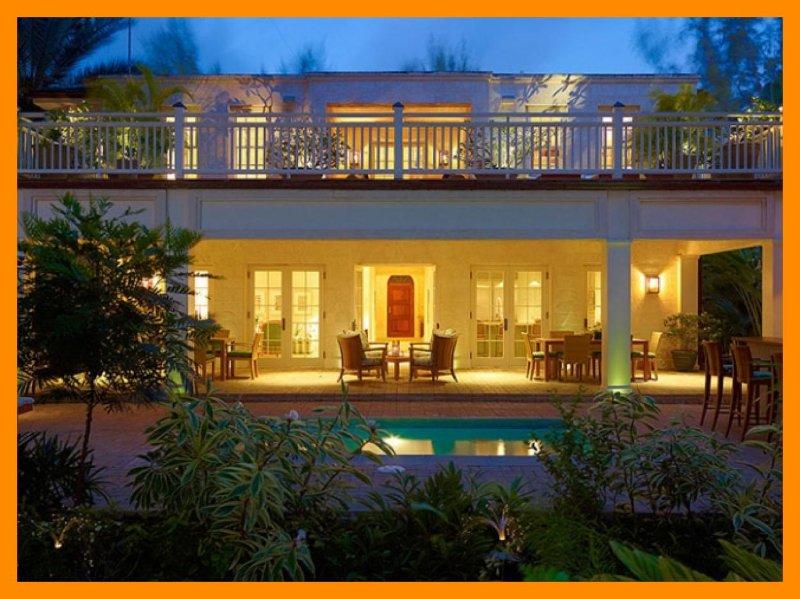 Latitude - Steps from beach - Bar - Splash pool, holiday rental in Maynards