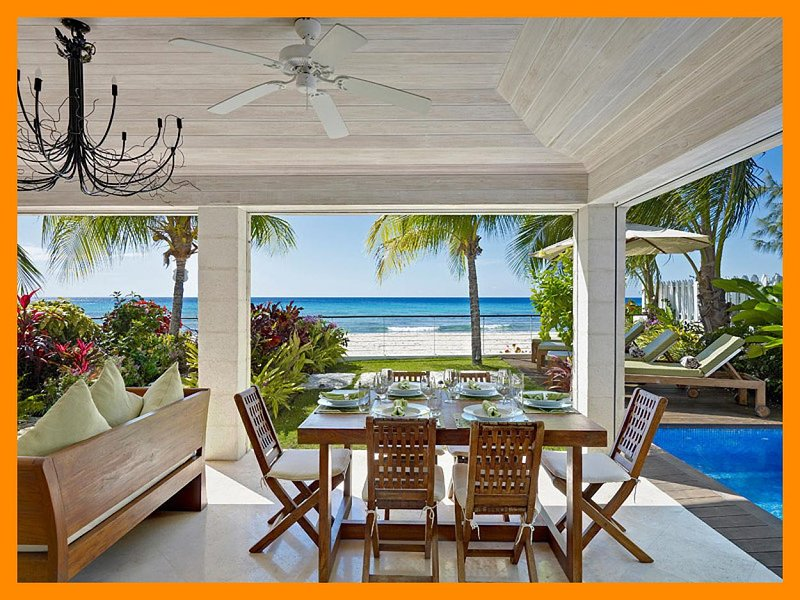 Radwood Beach House 2, holiday rental in Fitts
