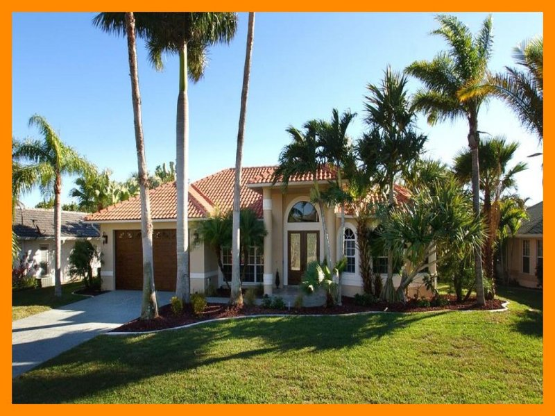 Cape Coral 29 - 5* waterfront villa with private pool and boat dock, alquiler vacacional en Cape Coral
