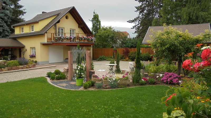 Nice house with garden & terrace, holiday rental in Rhinau