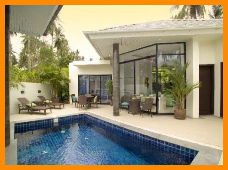 3109 - Walk to beach swim play drink eat sleep walk to villa jump in pool, holiday rental in Choeng Mon