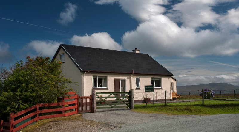 Taigh an t-Sithein, Cottage, Gedintailor, Braes, Isle of Skye., Ferienwohnung in Carbost