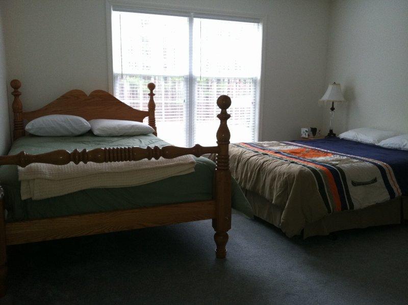 Bedroom 1 main floor (queen & full size beds)