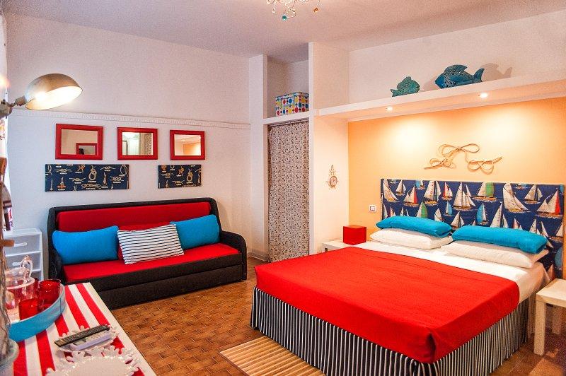 Villa Gisella a 70mt dal mare - Monolocale indipendente -  Porto Cesareo, holiday rental in Villaggio Boncore