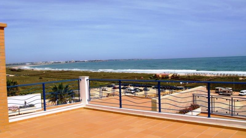 Gemensam pool på taket terrass har en otrolig utsikt