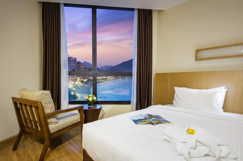 Deluxe Coastal Starcity Nha Trang Apartments, vacation rental in Khanh Hoa Province