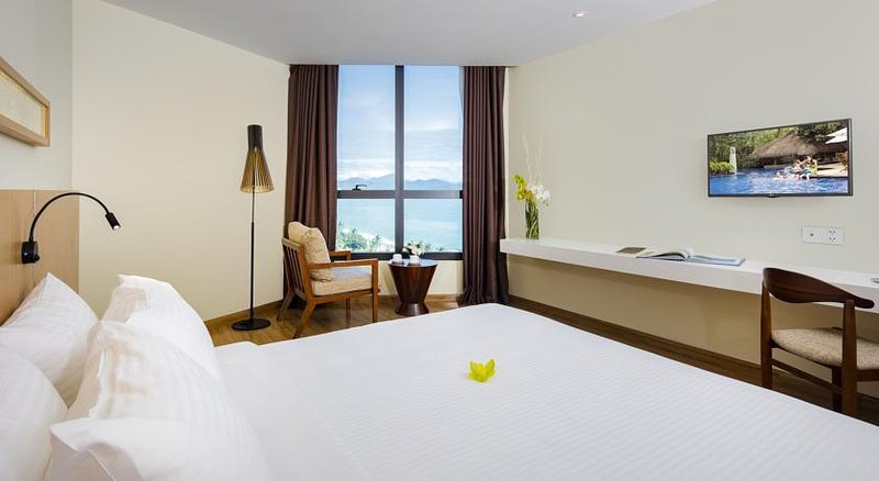 Deluxe Coastal Starcity Nha Trang Apartments, casa vacanza a Nha Trang