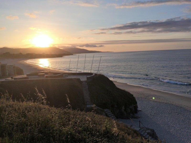 zonsondergang op het strand Llas