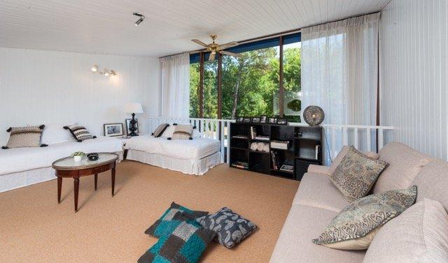 Domaine de Bellevue, villa spacieuse à Mérignac, casa vacanza a Saint-Medard-en-Jalles
