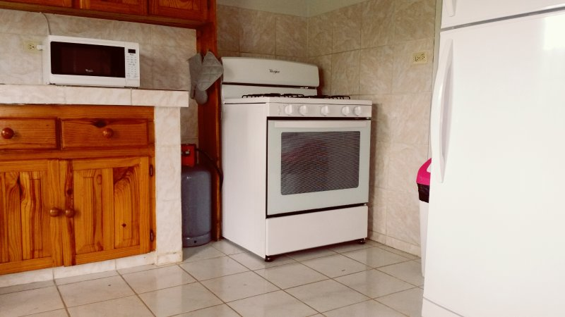 Full Kitchen with all appliances. Microwave, coffee maker, toaster oven, blender.