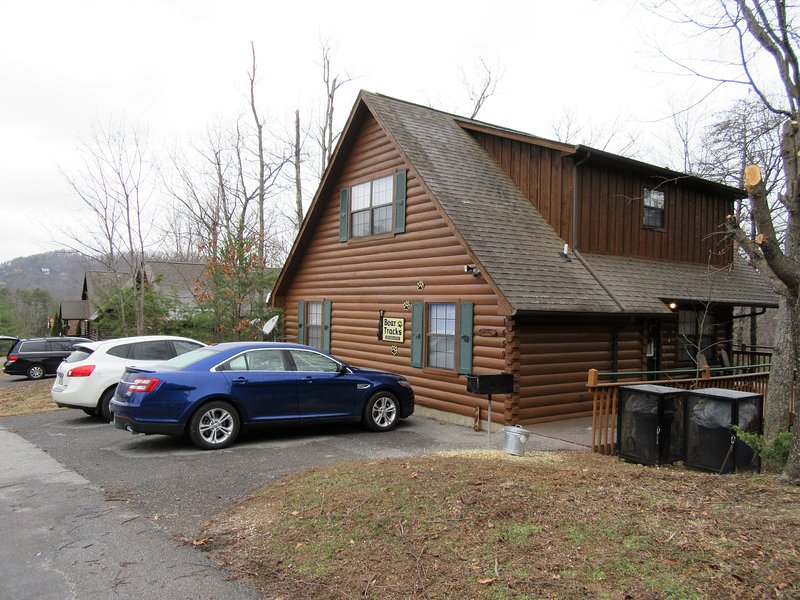 Bear Tracks is a 2 BR 2 bath cabin located 1.5 miles from Dollywood in a gated resort.  Sleeps 7.