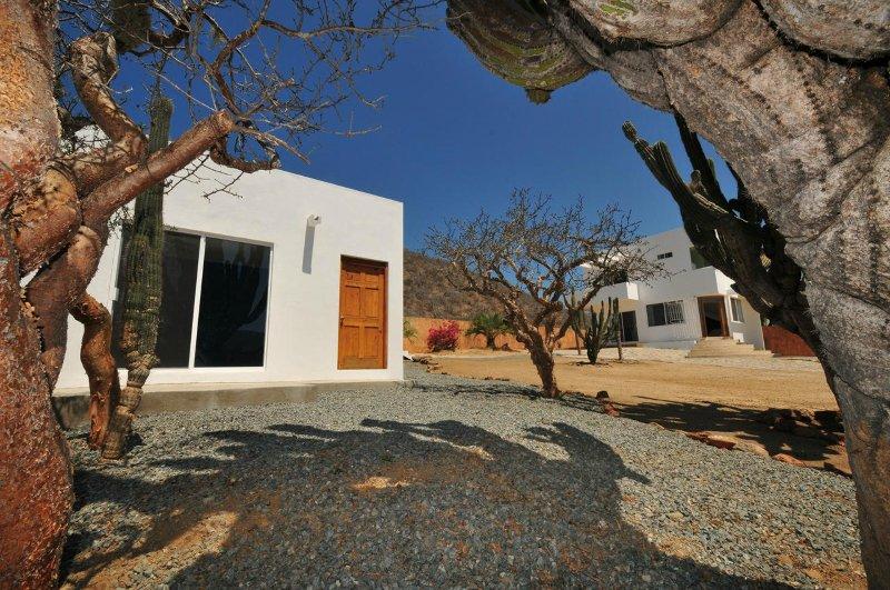 Modern Casita with pool in Private Gated Hacienda next to Los Cerritos Beach, vacation rental in El Pescadero