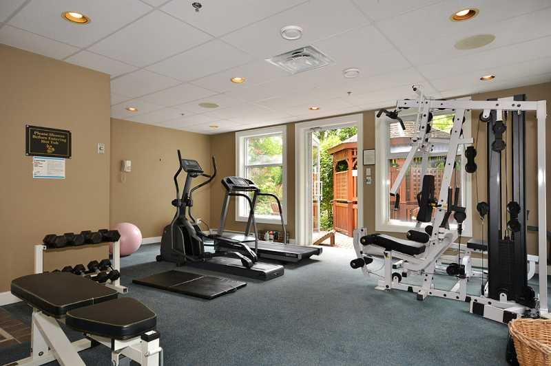 Common area fitness room