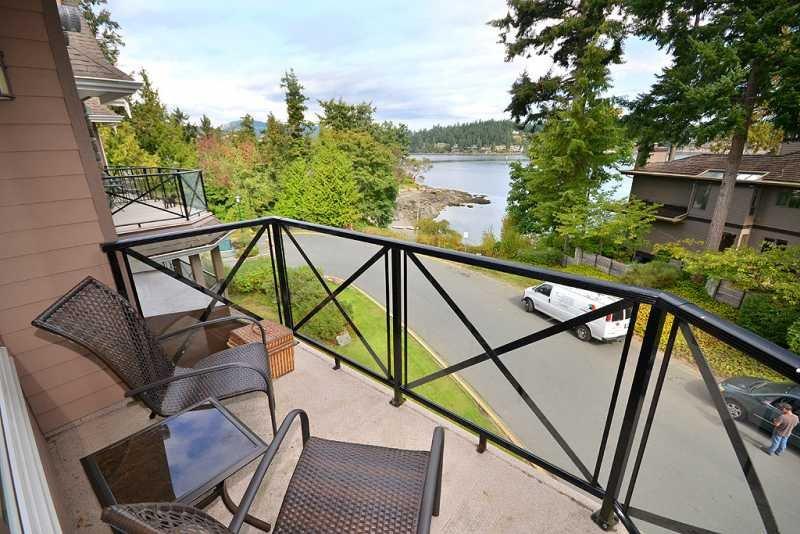 Miraloma 304 balcony with ocean views
