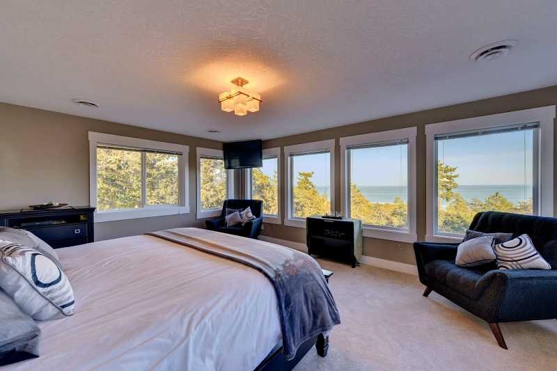 Massive master bedroom with ensuite.