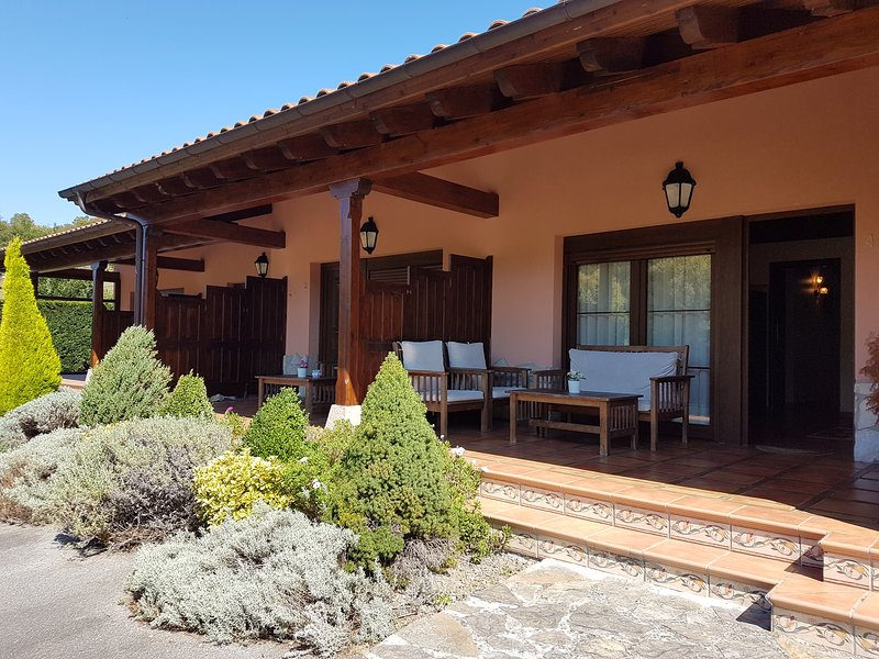 El Pedrayu, holiday rental in Robellada