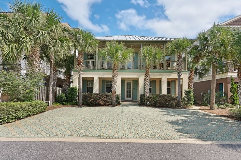 Greenwood - Large Seagrove Beach Home