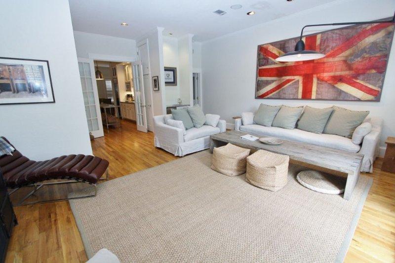 Alternate View of Living Room - Wet Bar
