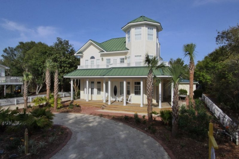Aria - Renovated Home in Inlet Beach