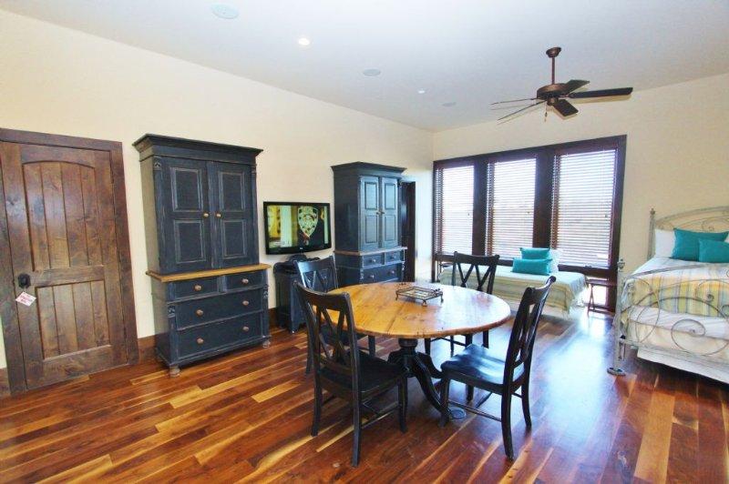 Multipurpose Room - Game Table