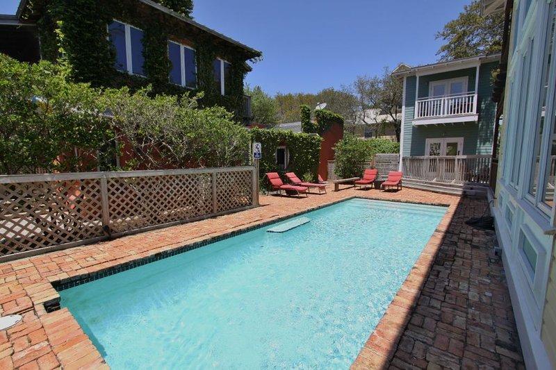 Private Heated 10 x 30 Pool - Beautiful Courtyard