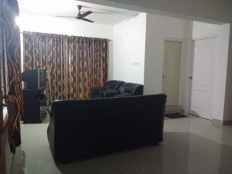 1Bhk Furnished Service Apartment at Kinnigoli, alquiler vacacional en Dakshina Kannada District