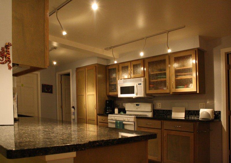 Kitchen 2.