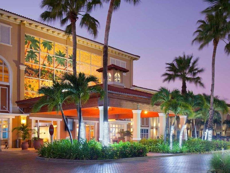 La Cabana Beach and Racquet Club.  Deluxe Studio Condo., vacation rental in Oranjestad