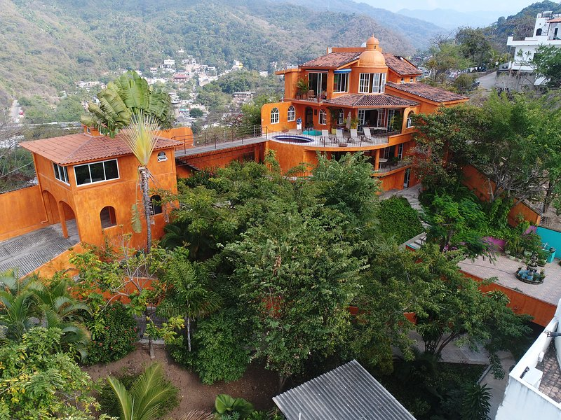 Orange Sunsets, Ocean Views, Privacy, In-Town, vacation rental in Puerto Vallarta