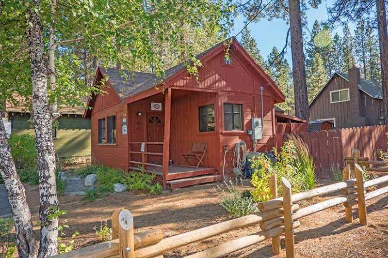 Romantic Tahoe Cabin