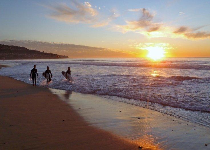 Disfrutar del sol, mar y surf en Redondo Beach!