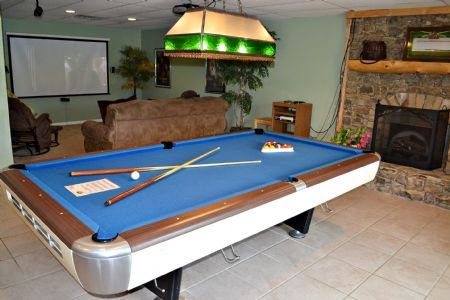 Hours of Family Fun with Pool
