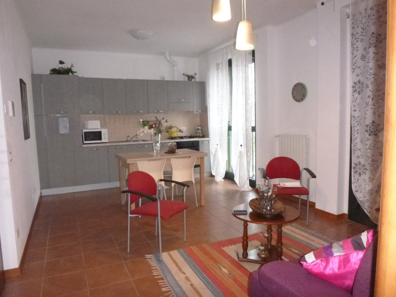 BILOCALE SUPER, holiday rental in Novate Milanese